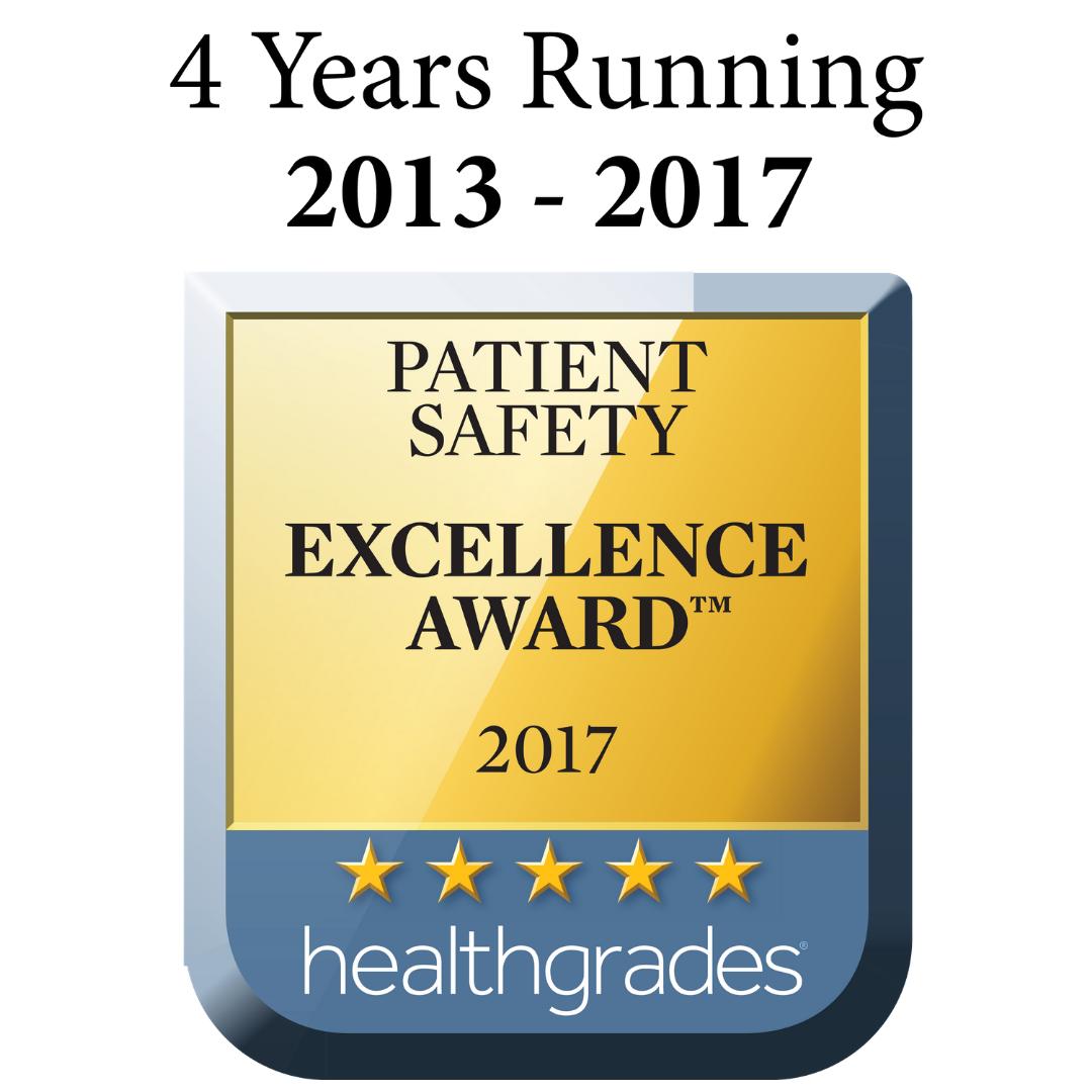 Jack Hughston Memorial Hospital named recipient of Healthgrades 2017 Patient Safety Excellence Award